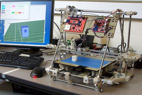 """RepRap v2 Mendel"" by RepRap Project (http://reprap.org/bin/view/Main/WebHome) - Open-source RepRap Project (http://reprap.org/bin/view/Main/WebHome). Licensed under GFDL via Commons - https://commons.wikimedia.org/wiki/File:RepRap_v2_Mendel.jpg#/media/File:RepRap_v2_Mendel.jpg"